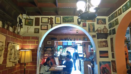 Hips Galeria & Restaurante