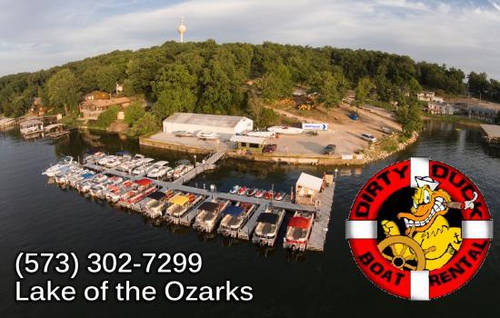 Dirty Duck Boat Rental: Boat rental at Lake of the Ozarks
