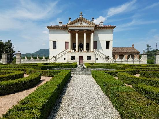 Giardino di Villa Emo: 20160508_121344_large.jpg