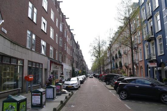 Hotel d'Amsterdam: Ulica, przy której znajduje się hotel
