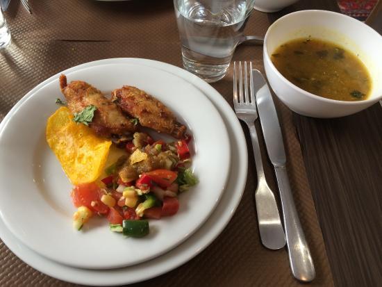 Entrées Du Buffet Du Déjeuner Picture Of La Table Afghane