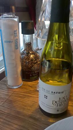 Restaurant L'olympiski - Hotel 3 Vallees : vin