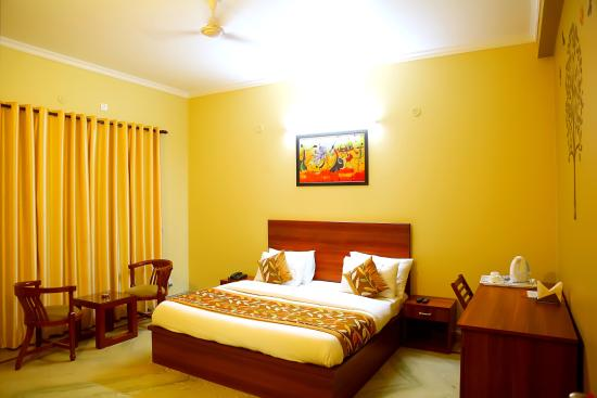 OYO Rooms Artemis Hospital 2