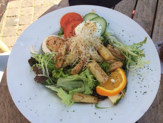 Minckelers: salade asperges met scampi`s