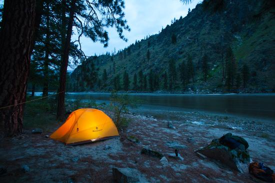 Salmon River: great camping