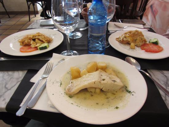 Restaurante hoy cocina la abuela en valladolid con cocina - Cocinas en valladolid ...