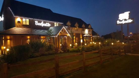 Beefeater Burton on Trent: What a lovely restaurant