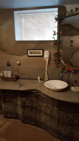 Nevis, MN: The wonderful bathroom in the Grotto.