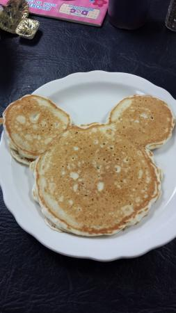 Summer St. Cafe: Mickey Mouse pancake for the kids
