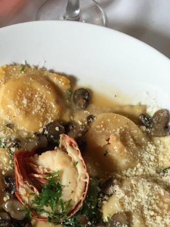Chapel Grille: Lobster ravioli