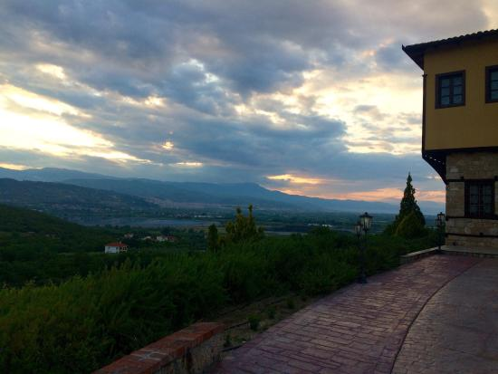 كتيما كالايتزي: The landscape of the hotel