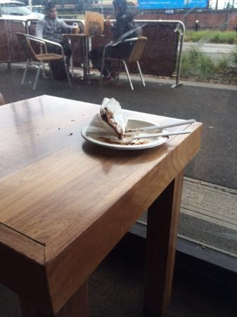 Caulfield, Australia: Every available table had dirty 'dishes' on it.