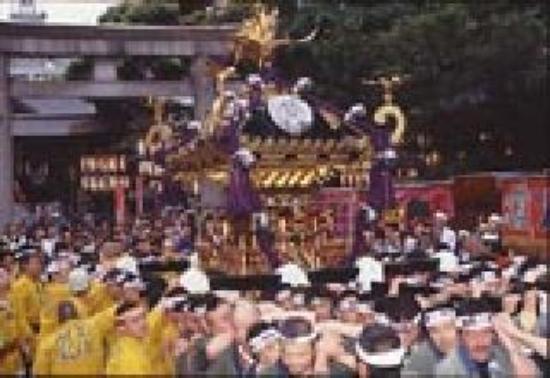 Ueno First City Hotel: 下谷神社のお神輿