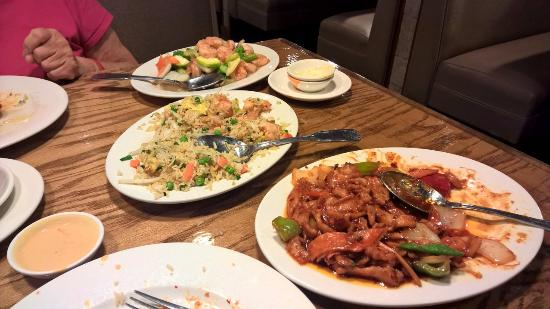 Grand Junction, CO: Schezuan Chicken, Shrimp fried rice, Shrimp-Vegetable dish