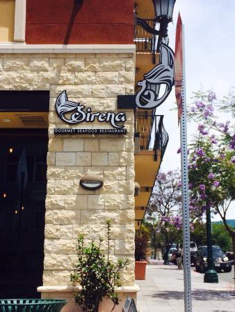 Sirena Cocina Latina