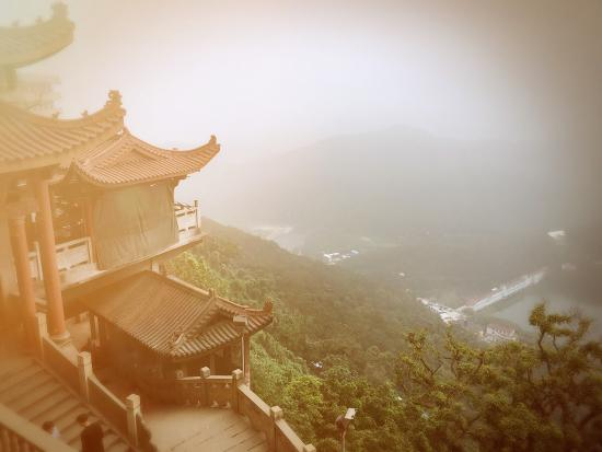 Shizhu Mountain: 石竹山