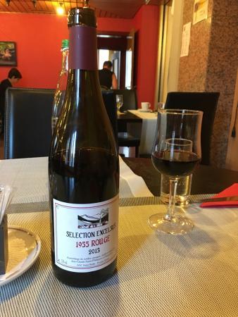 Hotel Pas de Cheville: Good local wine selection