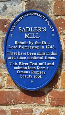 The Cromwell Arms: Sadler's Mill