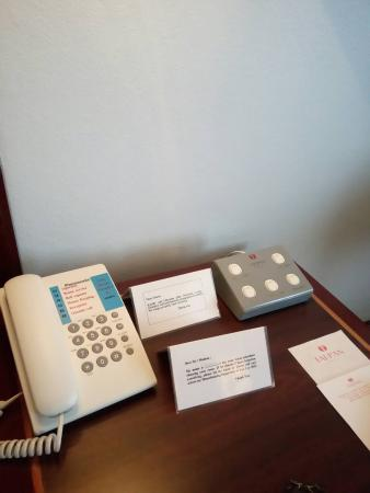Tai-Pan Hotel: Switches and telephone