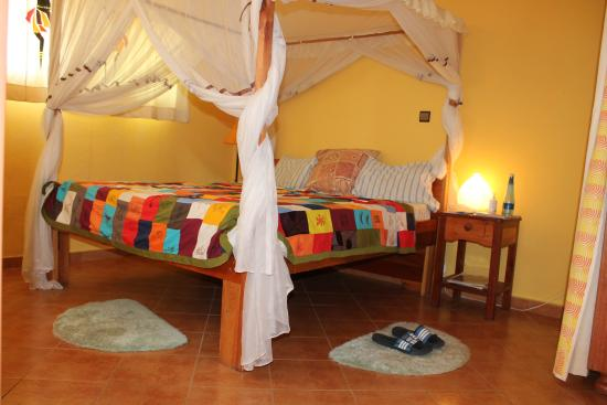 Aparthotel Jardin Tropical : Duplex 2 ensuite bedroom apartment with 2 living rooms and American bar