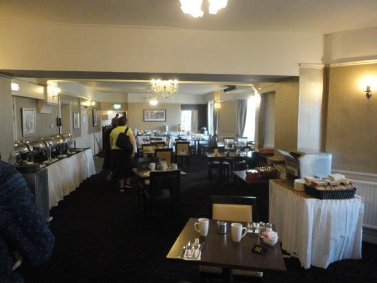 Bay Grand Hotel: Dining Roomjj