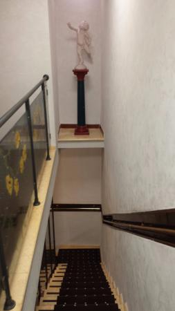 Hotel Oxford: corridoio terzo piano