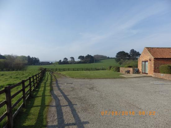 Wrea Head Country Cottages: Cottage Grounds and car park