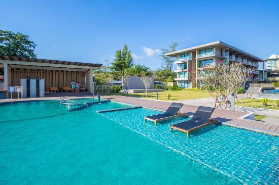 Sand Dunes Chaolao Beach Resort Main Pool