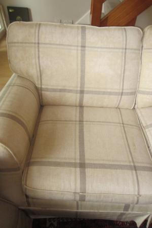 Pleasant Dont Buy Their Sofas Laura Ashley London Traveller Download Free Architecture Designs Scobabritishbridgeorg