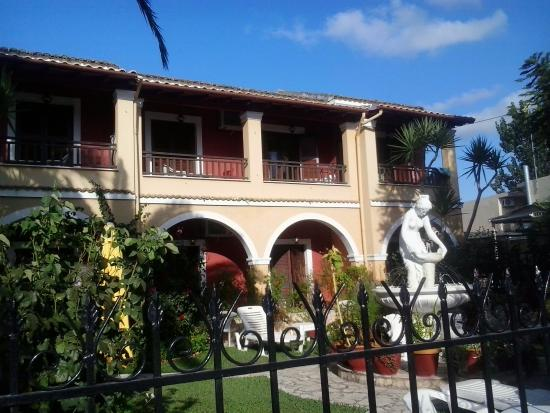Villa Eleni Apartments