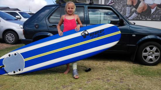 Son Surf School: A broken leg didn't stop her,,, what's keeping you from trying?🙌🏄