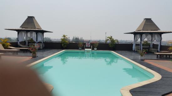 City River Hotel: Pool