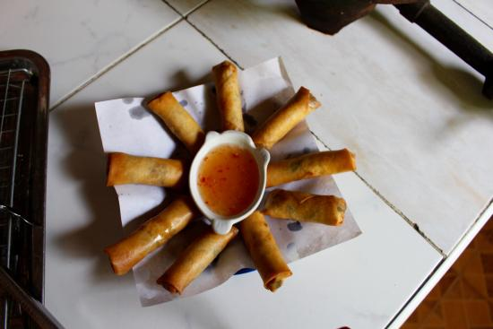 Saraphi, Таиланд: Completed spring rolls!