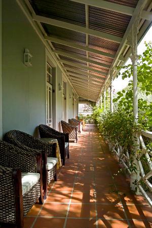 La Fontaine Guest House: Campbell House verandah