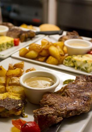 Le Mélo : Entrecôte et frites maison du Mélo Café