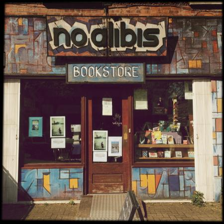 ‪No Alibis Bookstore‬