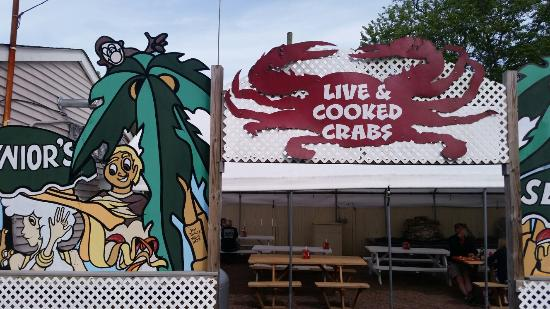 Junior's Crabs and Seafood: 20160508_164738_large.jpg