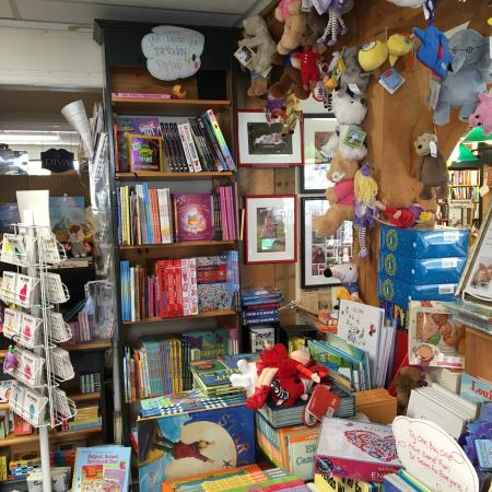 Greenwich, CT: Very friendly bookstore... Yay!!!