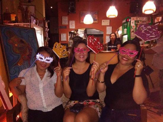 Karma Cafe: Fuimos a celebrar en el Karma Café!!!!