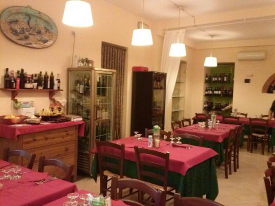 Montespertoli, إيطاليا: Alle Quattro Strade