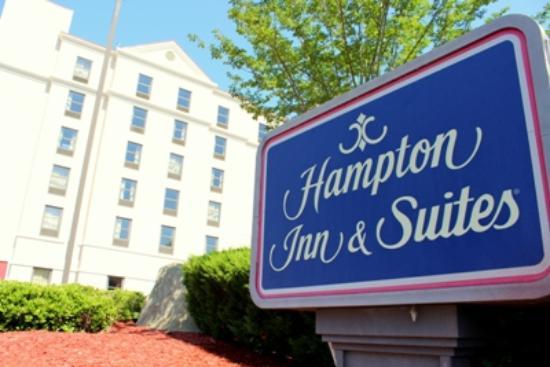 Photo of Hampton Inn & Suites Concord / Charlotte