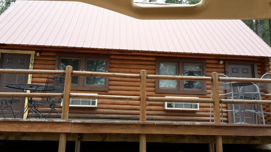 Holy Smoke Resort: Cabins with lofts