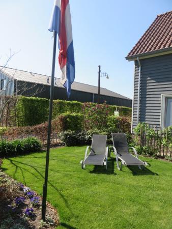 Someren-Heide, Países Bajos: mooie tuine met zalige ligzetels