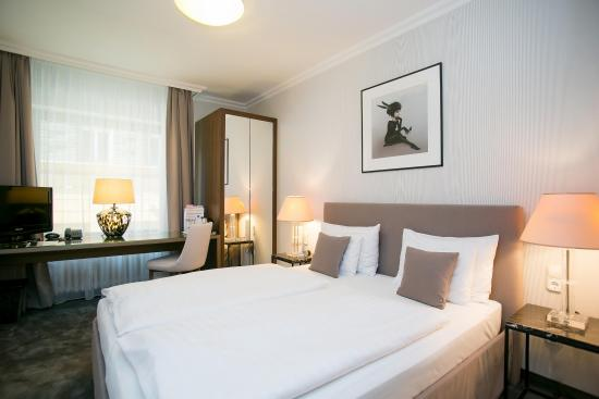 Photo of BEST WESTERN PLUS Hotel Ambra Budapest