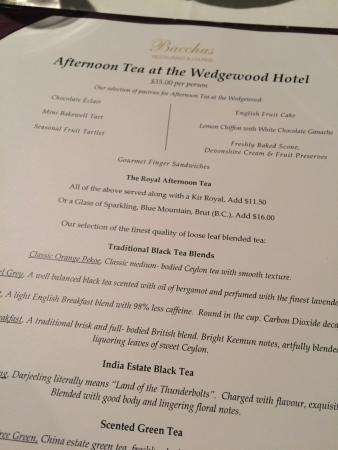Bacchus Restaurant & Lounge: the choices for tea are extensive