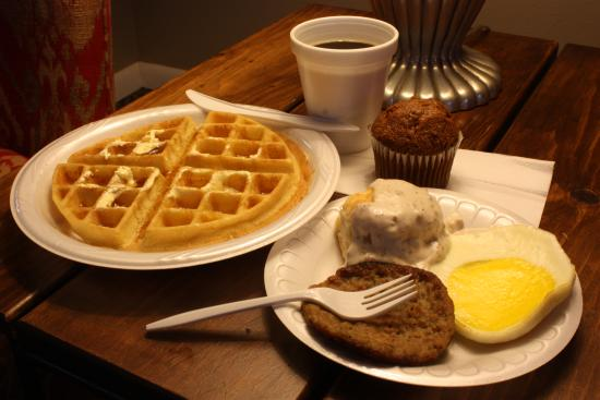 Hilltop Inn by Riversage: Waffles, Eggs, Sausage or Bacon, Biscuits & Gravy