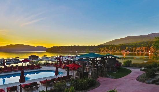 Lodge at Whitefish Lake: Marina at Sunset