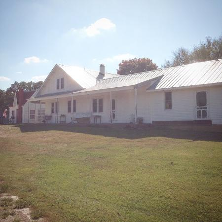 Owensville, MO: getlstd_property_photo