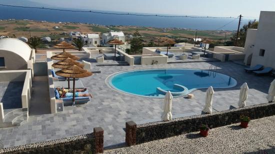 Anemoessa Villa: 20160509_090029_large.jpg