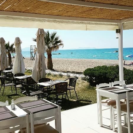 Iperion Beach Hotel: IMG_20160507_143806_large.jpg